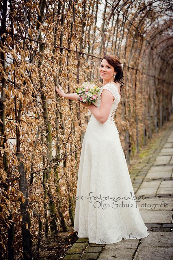 Braut, Brautkleid, Brautstrauß, Brautpaarshooting, Fotograf Koblenz, Klostergut Besselich, Hochzeitsfeier, Trauung, Vintage-Hochzeit