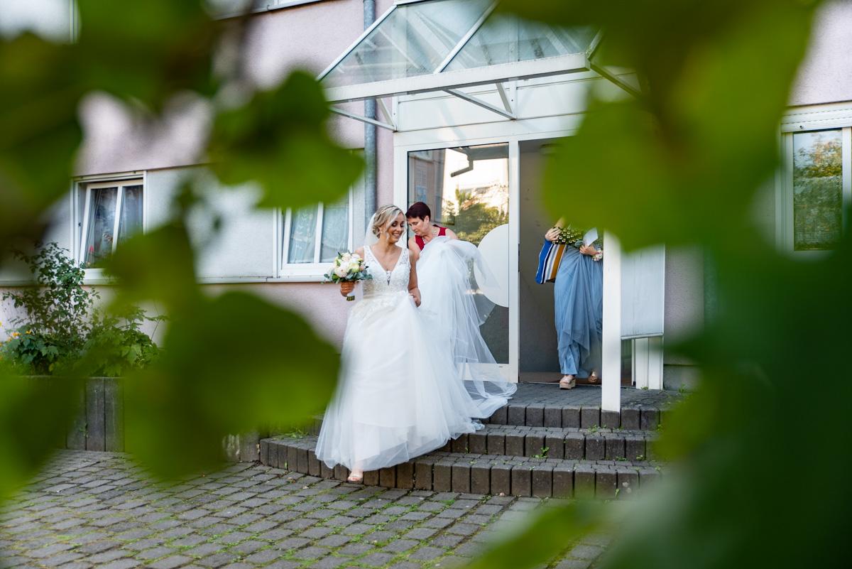 Hochzeitsfotograf Koblenz, Hochzeitsfotografie Koblenz, Hochzeitsfotografin Koblenz, Gettig Ready, Fotograf Koblenz, Hochzeitsreportage, heiraten Koblenz, olga-schulz-fotografie.de, Fotografin Koblenz, Wedding, OS-Fotozauber, Hochzeitsmomente