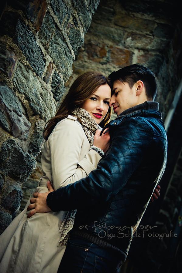 Paarshooting, Gutschein, Fotoshooting in Koblenz, kurfürstliches Schloss in Koblenz, verliebt, Verlobungsshooting, Engagementshooting, in der koblenzer Altstadt, Portrait, im Kaffee