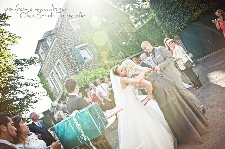 Gratulation, Brautpaar, Hochzeitsreportage, Fotografin Koblenz