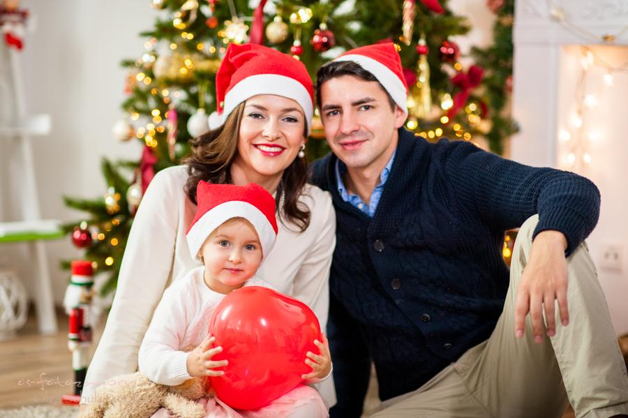 weihnachten weihnachtsshooting koblenz rlp neuwied christmas kindershooting olga-schulz-fotografie.de familienshooting fotostudio koblenz olga schulz os-fotozauber weihnachtsbaum fotografin fotograf familiefotografin familienfotografie weihnachtsgeschenk