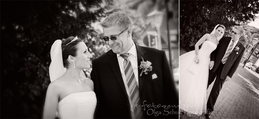 Kirche, Hochzeit, Braut mit Vater, Kirchliche Trauung