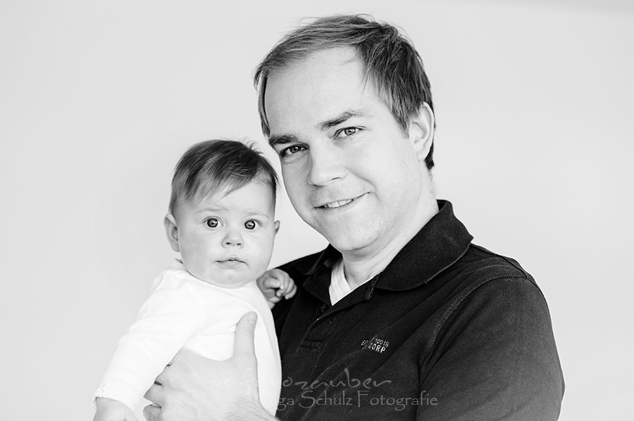 Familienshooting in Koblenz, Familienfotos, Familienfotograf, Familiefotografie, Kindershooting, Kindefotos, Shooting Zuhause, Mama, Papa, Kind