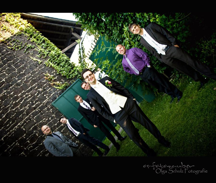 Braäutigam, Trauzeugen, Hochzeitsreportage, Brautpaarshooting, Fotograf Koblenz