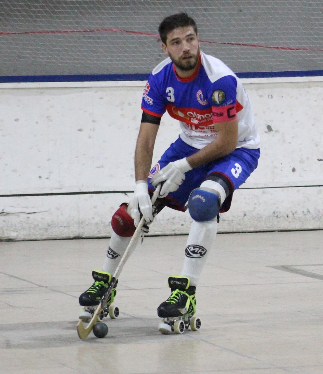 JAVIER AMAT, uno de los goleadores de Hispano en el certamen Clausura.