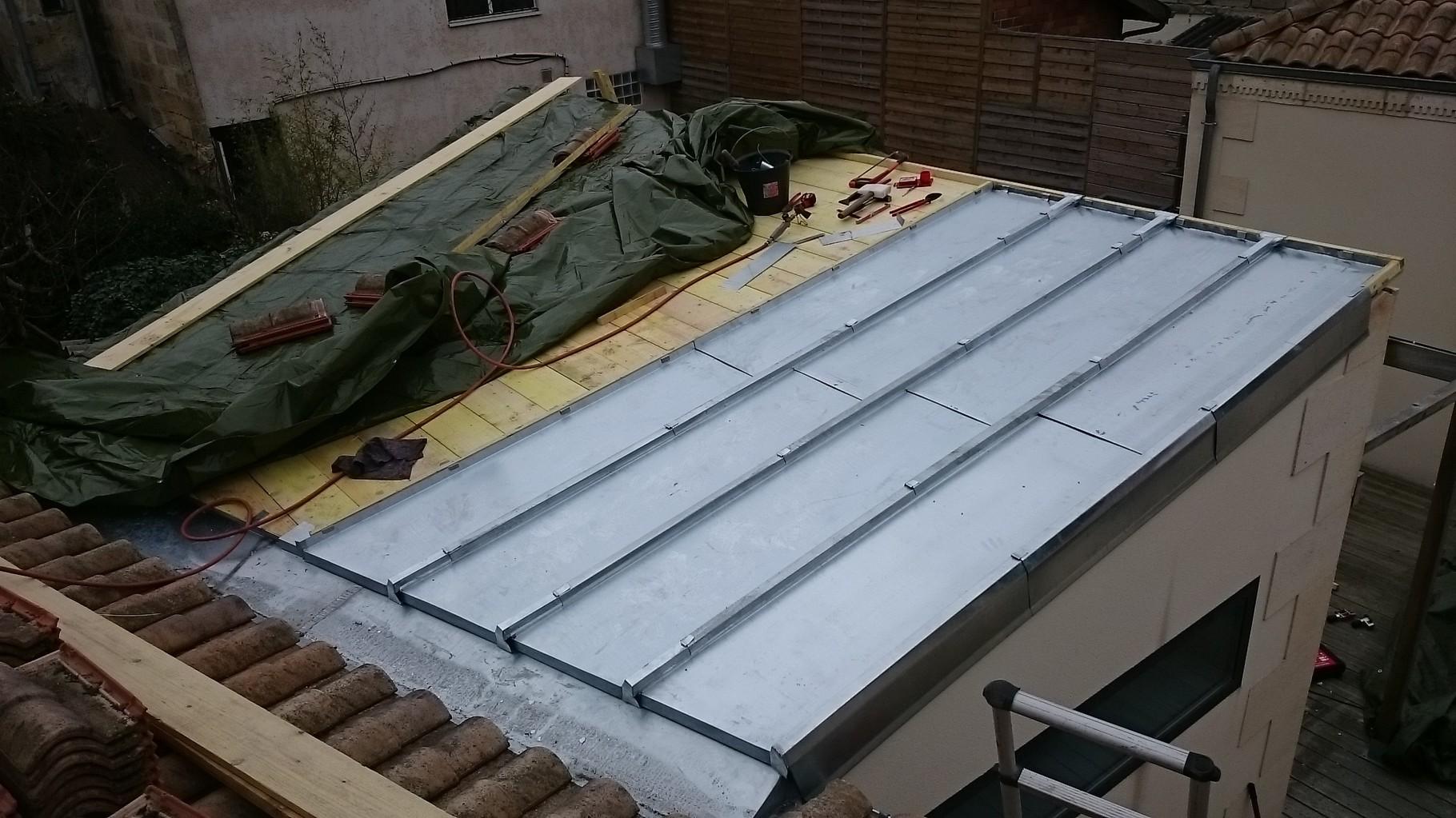 zinc pour toiture zinc pour toiture j cherence connaitre la toiture metallique devis toiture. Black Bedroom Furniture Sets. Home Design Ideas