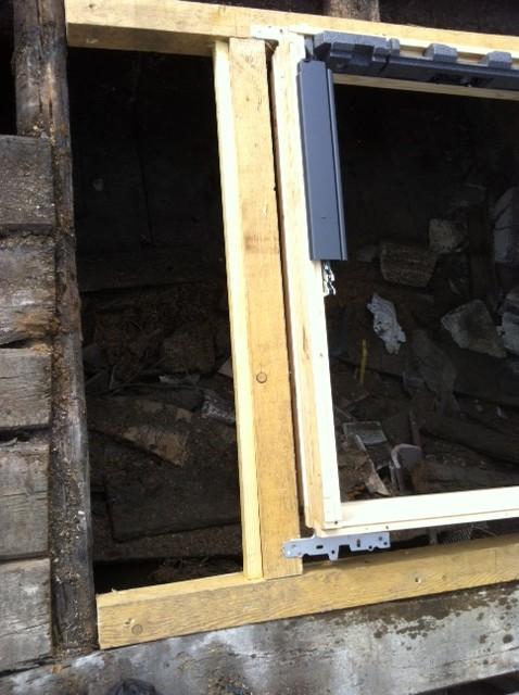 Fenetres de toits velux etancheite epdm entretien for Reparation de fenetre
