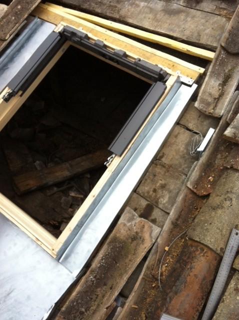 fenetres de toits velux etancheite epdm entretien r paration toitures terrasses33 bordeaux. Black Bedroom Furniture Sets. Home Design Ideas