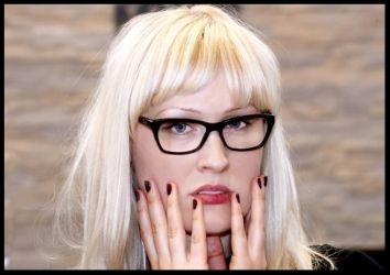Günstige Komplettbrille, Brillenfassung inclusive Brillengläser für Ferne oder Nähe für nur 99,00 €uro.