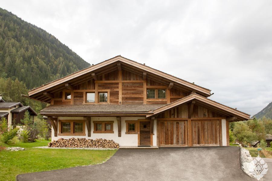 картинки домов с крышей шале какое