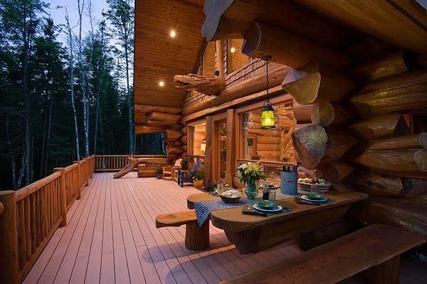 Красивый дом из кедра