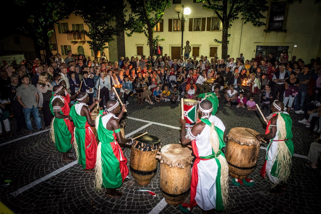 La potenza dei Tamburisti Burundesi
