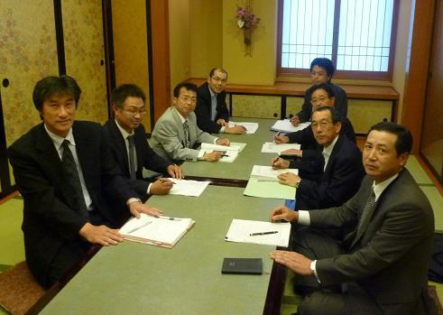 理事の歓送迎会を兼ねて葉山で理事会 2009年5月