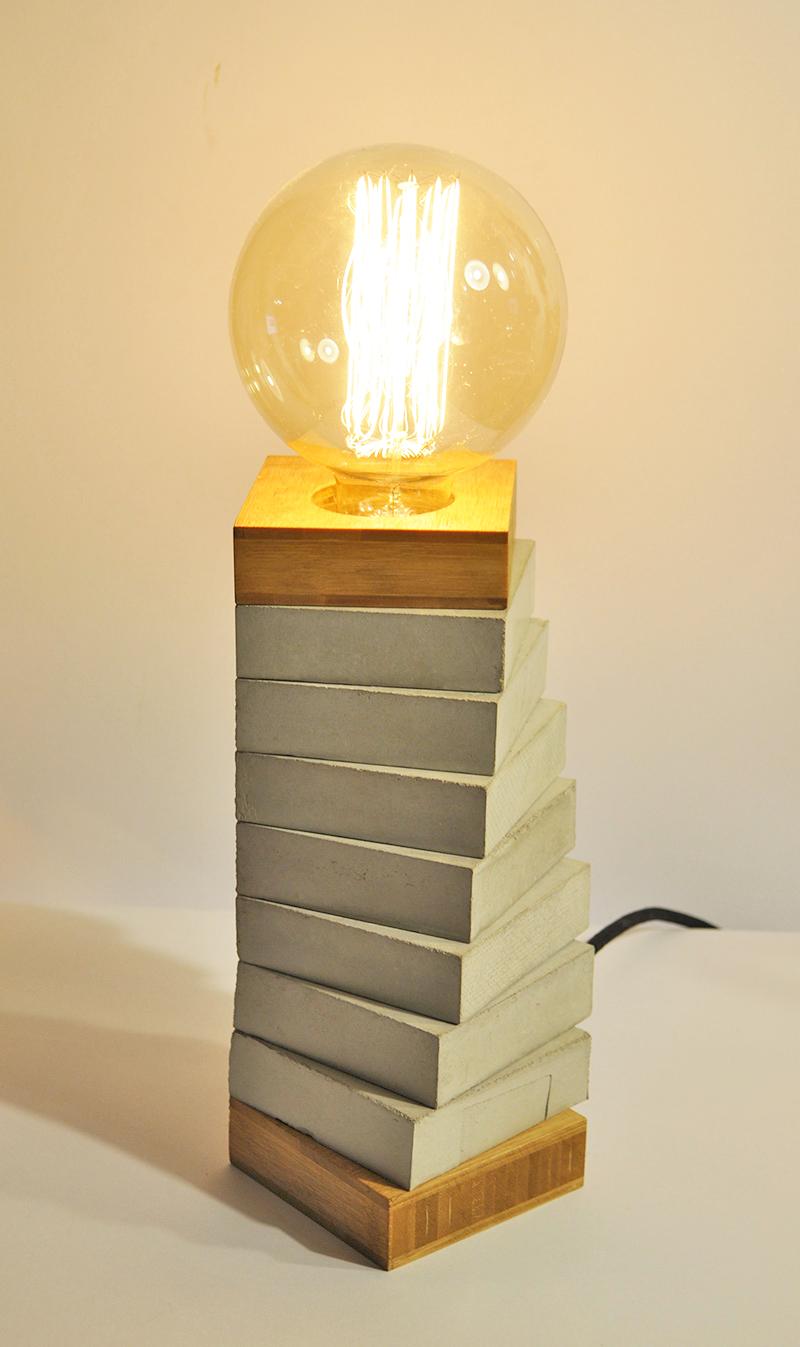 SPIRALE BAMBOO_ Tischlampe_ 27cm x 10cm x 10cm_ Big Edison Vintage Glühbirne 40W_  Schwarzes Textilkabel_