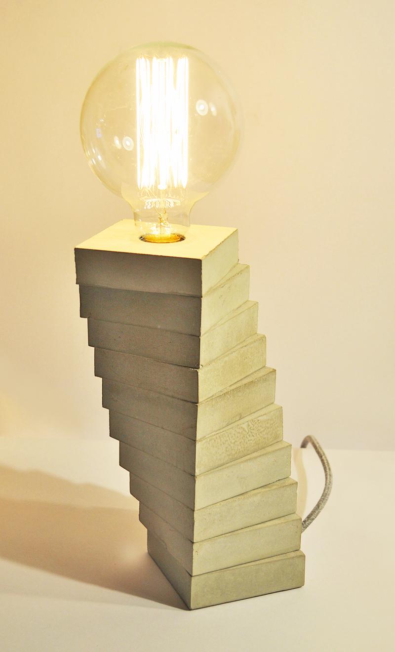 SPIRALE CONCRETE_ Tischlampe_ 29cm x 10cm x 10cm_ Big Edison Vintage Glühbirne 40W_  Leinentextilkabel_