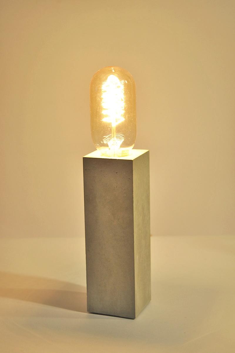 C-Lady _Tischlampe_ 16cm x 5cm x 5cm_ Edison Vintage Glühbirne 40W_  Leinentextilkabel_