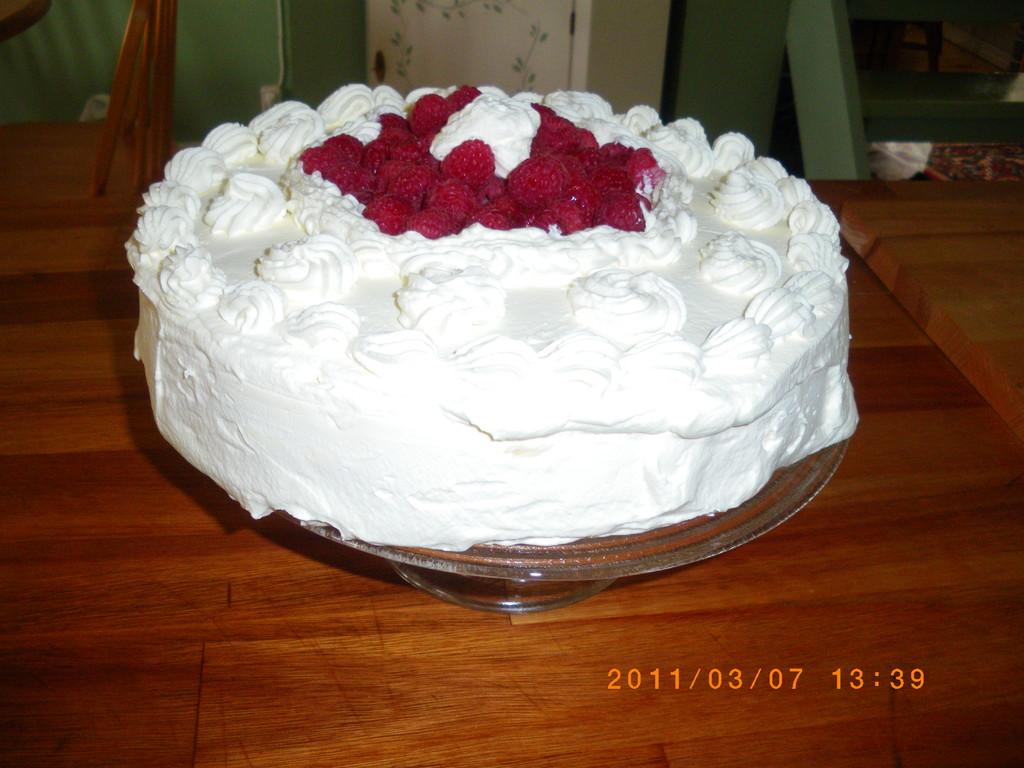 torta de merengue frambuesas