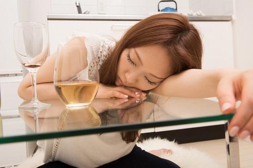 アルコールの飲み過ぎは逆効果
