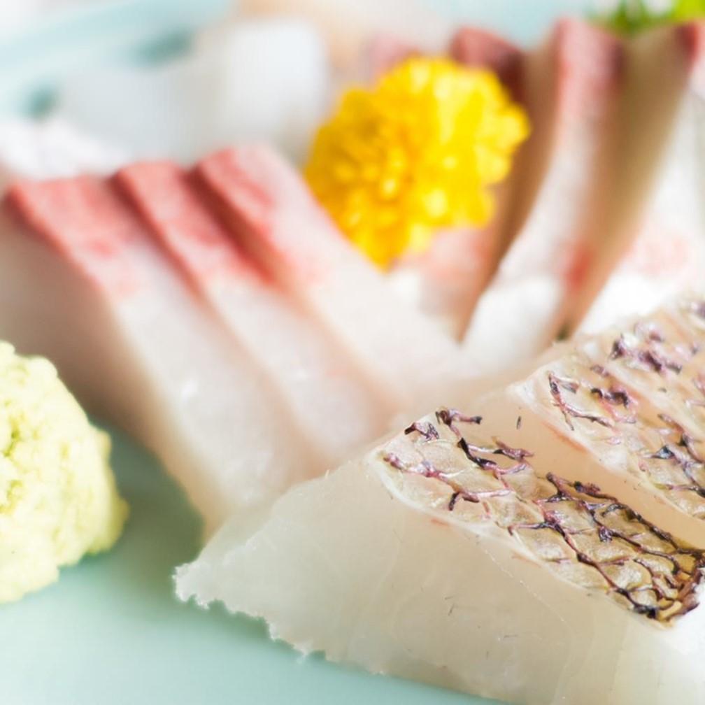 白身魚の刺身