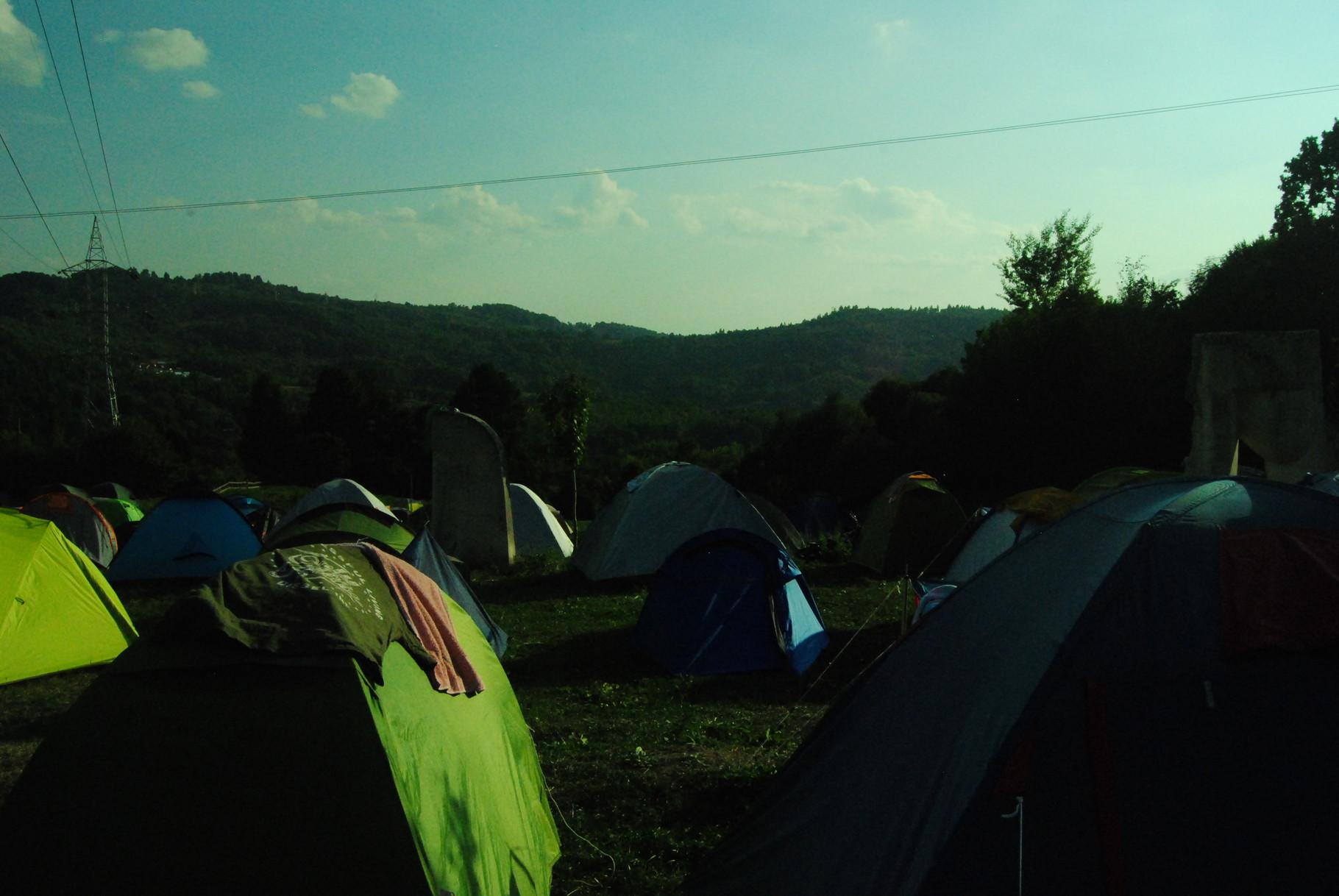 Fan Fest - camping au matin
