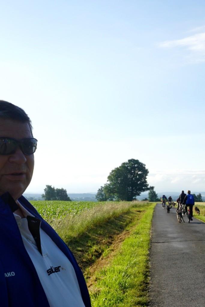 Burkhardt Köthe verfolgt den unfallfreien Start