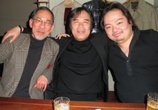 左から四分一、徳永二男氏、ウィーン支局長の高橋氏