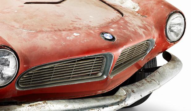 Zeit- und Gebrauchsspuren: Details des legendären ehemaligen BMW 507 von Elvis Presley