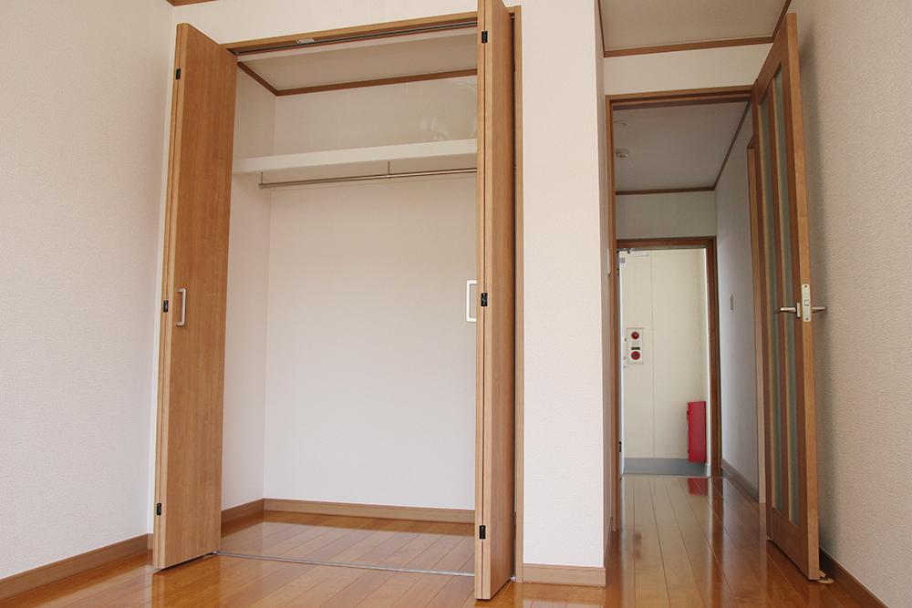洋室4.9帖 クローゼット