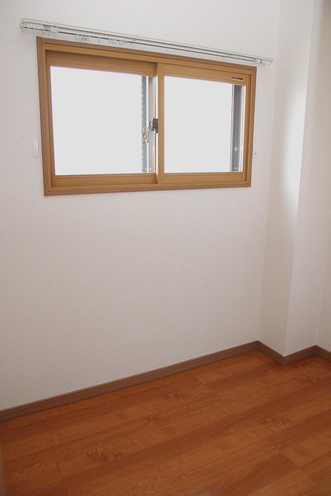 納戸 窓があるので換気ができます