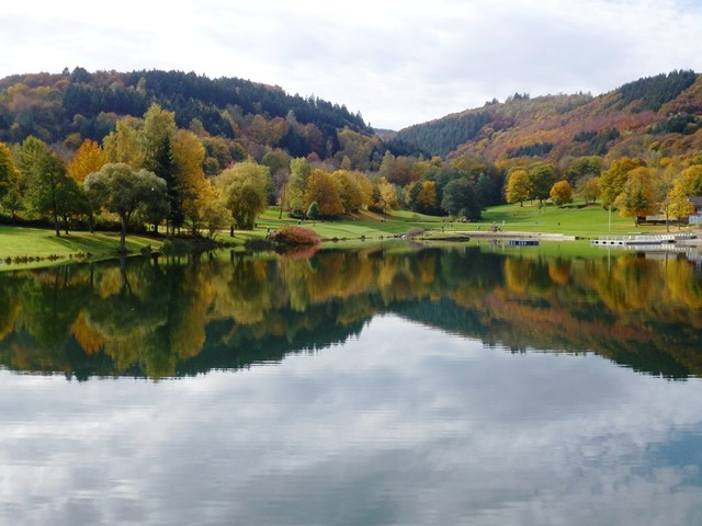 Naturbad Eiserbachsee am Rursee-bauernhof nrw