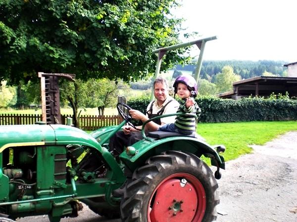 Traktorfahren Urlaub Bauernhof Eifel