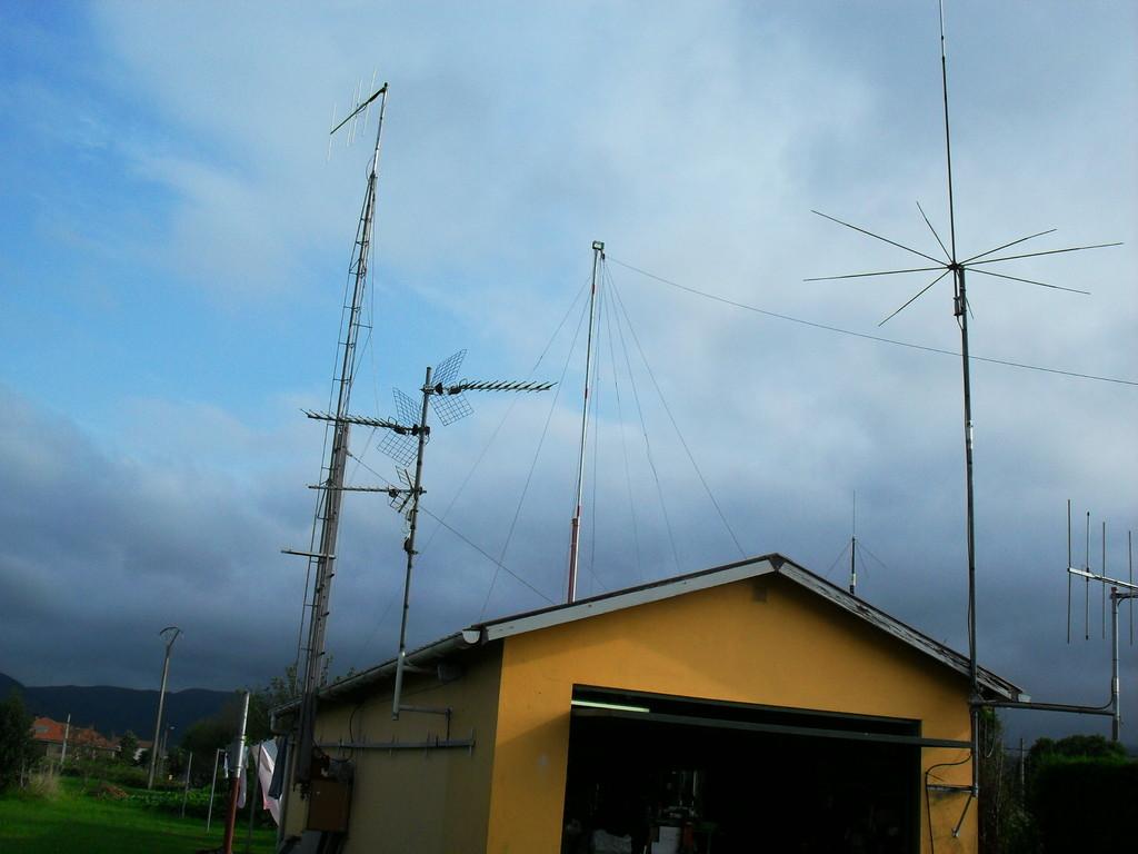 Antenas de Eduardo, 30-L.O.M.-061-Asturias