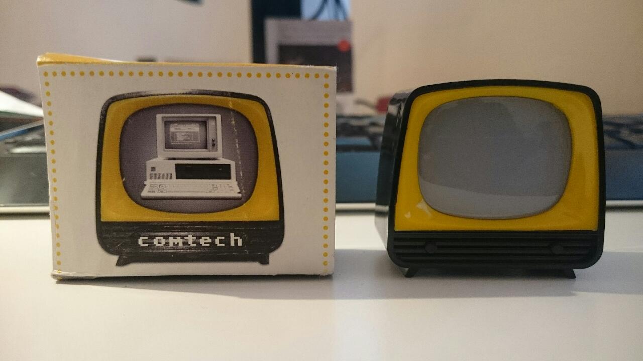 Retro-Feeling für Comtech. Bilder aus 30 Jahren im Technologie im Klickfernseher (Idee und Umsetzung: MEDIACLUB)