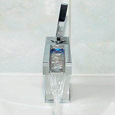 Wasserhahn Kalt