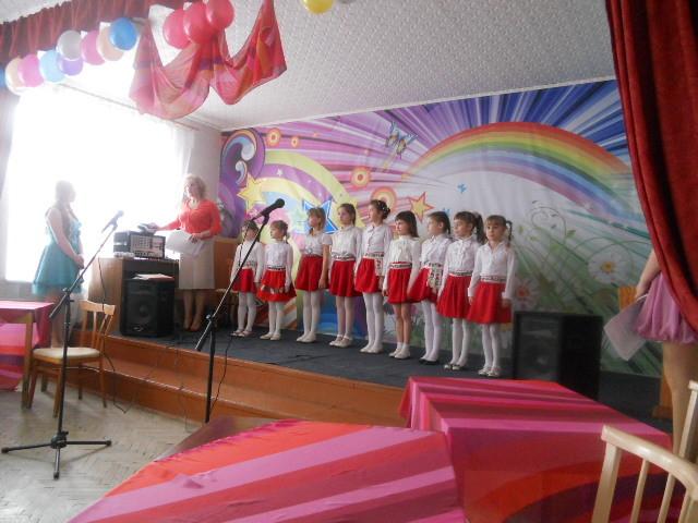 вокально-хореографічний дитячо-юнацький естрадний колектив, Дунець А.С.