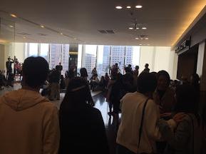 金沢フォーラス6階ダイニングフロアでのギターウクレレオーケストラ演奏会