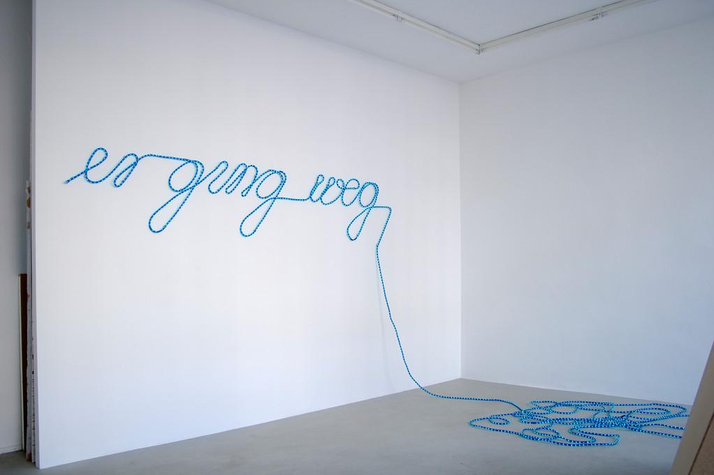 Antje Blumenstein, er ging weg, 2006, Lichtschlauch
