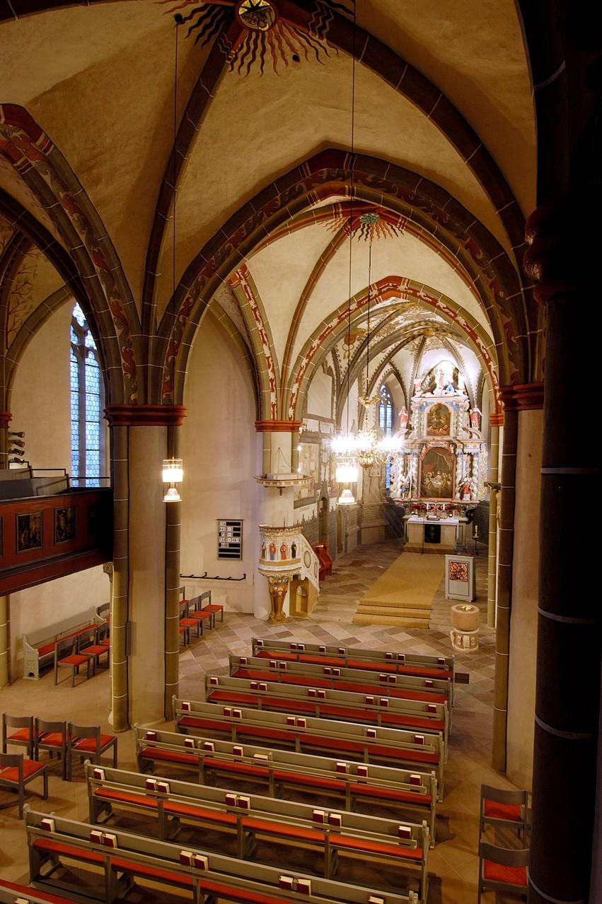 Innenansicht St.Georg-Kirche