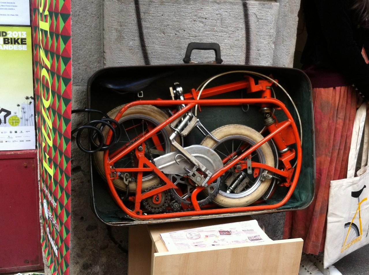 Bicicleta antigua- Fuori Salone