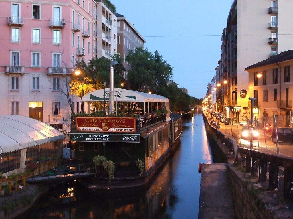 Barcos en el Naviglio
