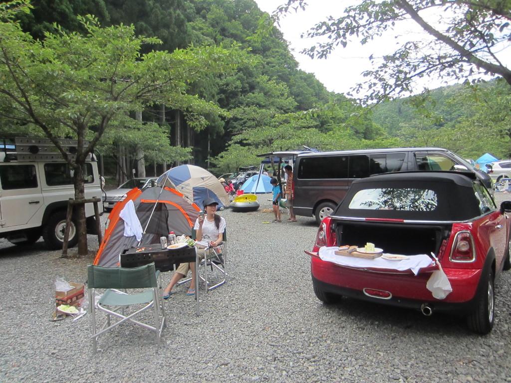 キャンプに来たって感じ♪ってキャンプだ