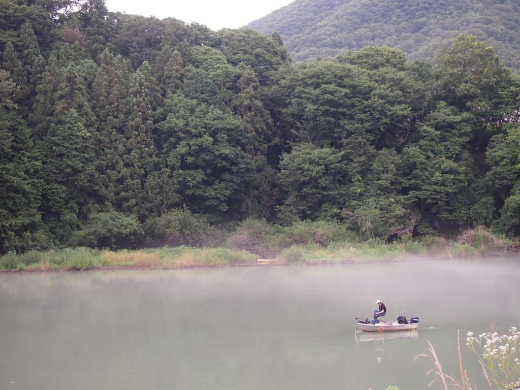 釣り人がたくさんいました。