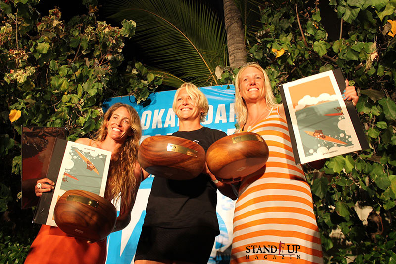 prizegiving in the famous outrigger club , Molokai2Oahu 2014