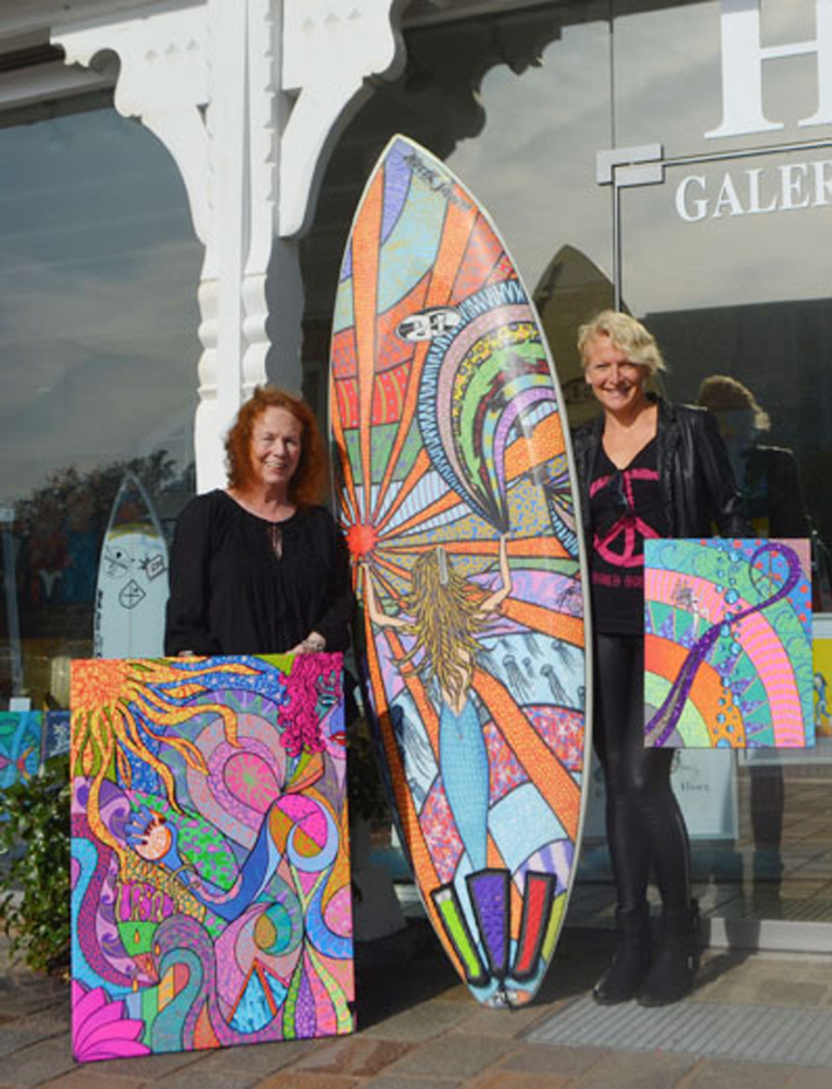 in front of the Hofgalerie Westerland Sylt, where  my art is presented