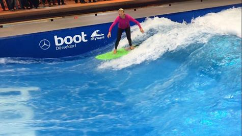 surfing at the BOOT