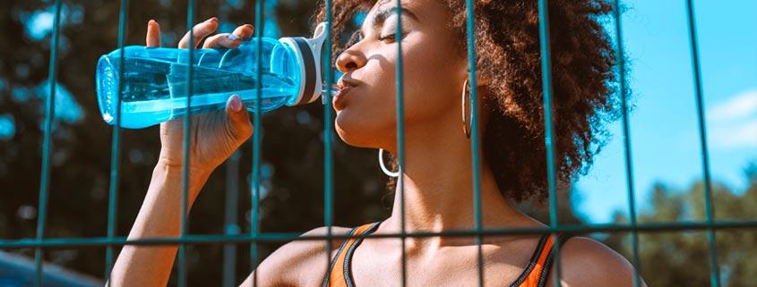 La importancia de beber suficiene agua