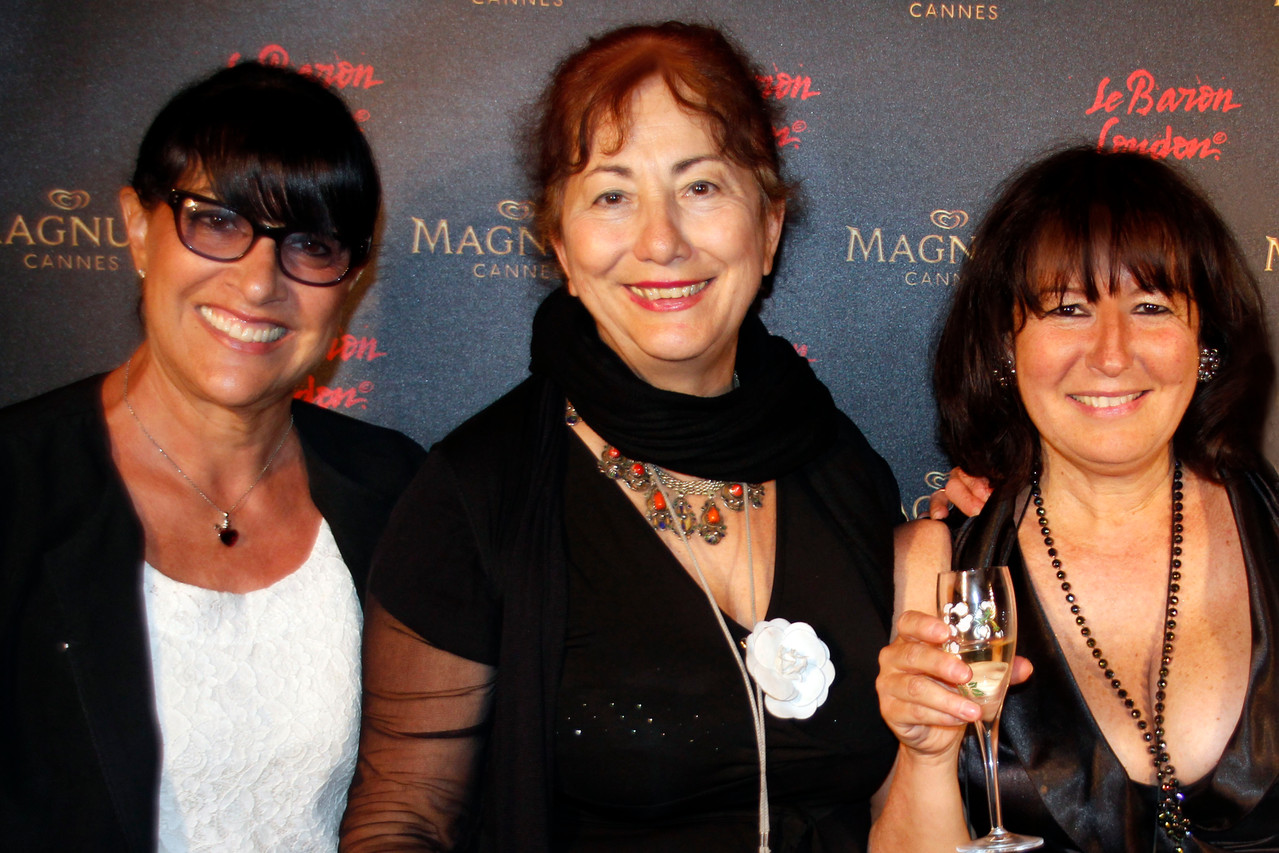 Monica, Nicole et Anik - Plage Magnum Cannes - Festival de Cannes 2013 © Anik COUBLE
