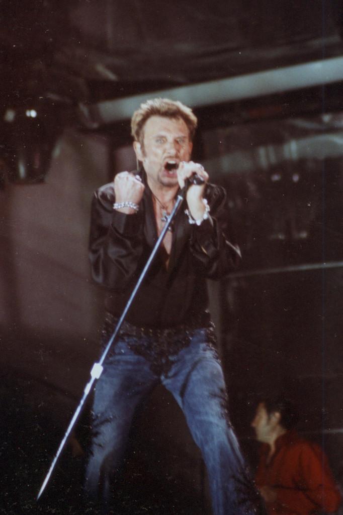 Johnny Hallyday - Stade de Gerland - Lyon - Juillet 2003 © Anik COUBLE