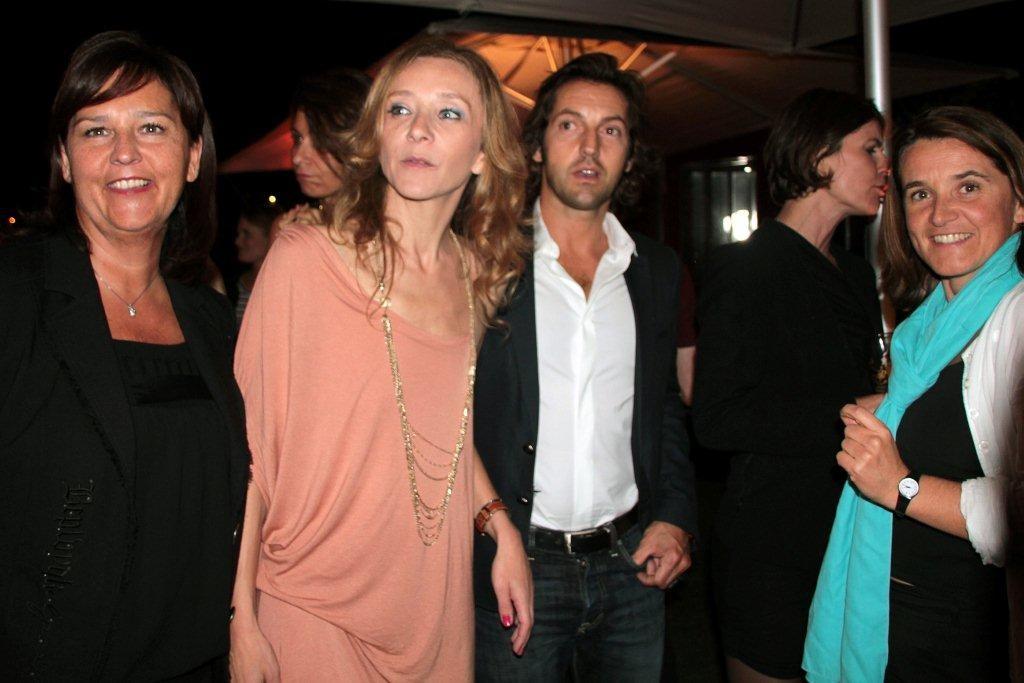 Sylvie Testud  entourés de Sylvaine et Isabelle / Photo : Anik Couble