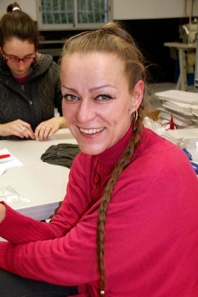 """Le sourire de Marina Barneoud-Rousset, de l'équipe des """"Atelières"""" - Villeurbanne - Février 2013 © Anik COUBLE"""
